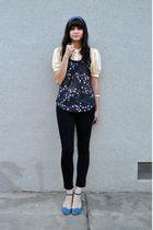 blue vintage scarf - beige vintage blouse - black volcom shirt - black American