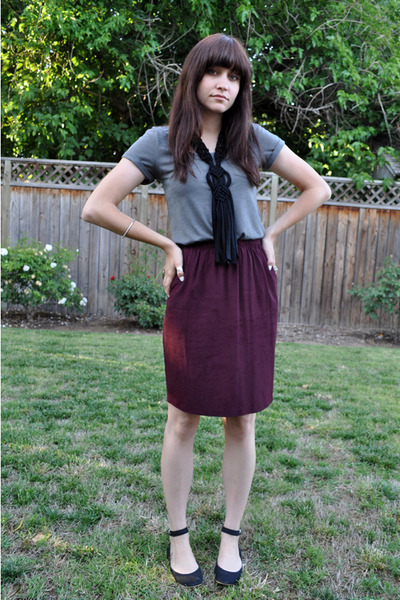 black woven H&M necklace - black shoes - purple eggplant thrifted skirt