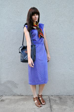 brown vintage scarf - purple vintage dress - brown Nine West shoes - blue Vintag