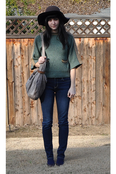 green vintage sweater - brown Forever 21 hat - blue BDG jeans - brown thrifted s