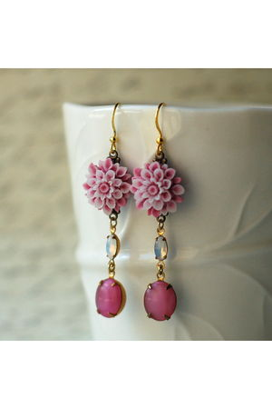 pink Kellyssima earrings