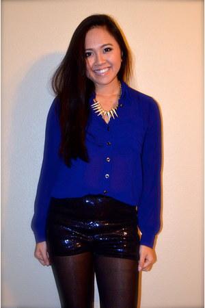 blouse - shorts - necklace
