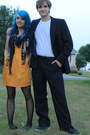 Mustard-strapless-dress-black-patterned-tights-navy-scarf
