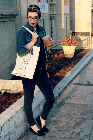 black skinny Forever 21 jeans - navy jean Gap jacket - cream tote Forever 21 bag