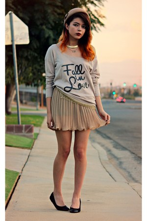 eggshell romwe hat - eggshell Furormoda sweater - eggshell iwearsin skirt