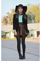 burnt orange leopard romwe skirt - black buckle romwe boots - black tillys hat