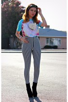 light blue tie dye Target shirt - black stripes storets leggings