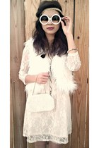 fur vest white Forever 21 vest - Forever 21 dress - vintage bag