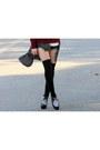 Black-thrift-hat-brick-red-cartoon-sheinside-sweater