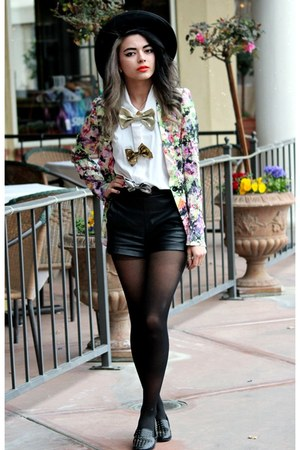 violet floral PERSUNMALL blazer - black thrift hat - black leather romwe shorts