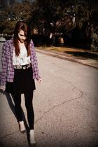 white Forever 21 t-shirt - black forever1 skirt - black Forever 21 leggings - pu