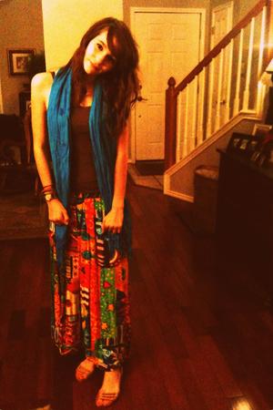 brown area t-shirt - blue scarf - blue Thrift Store skirt - brown Thrift Store s