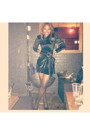 black velvet lbd Velvet LBD dress