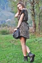black spiked la moda boots - black Amisu dress - black spiked Pimkie bag