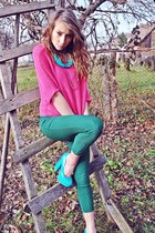 turquoise blue heels - hot pink blouse