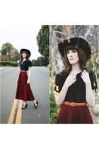 crimson OASAP skirt - black free people hat - black vintage top