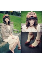 vintage dress - modcloth shoes - American Apparel coat - vintage hat