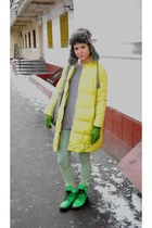 chartreuse H&M boots - yellow JNBY coat