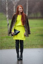 dark brown Oasis coat - yellow H&M dress