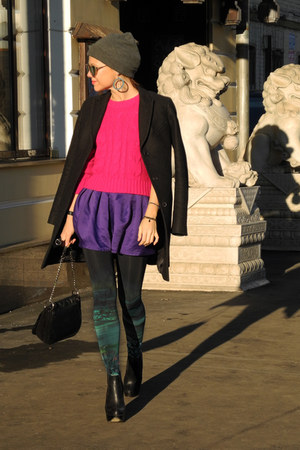 deep purple Topshop skirt - hot pink Seppälä jumper