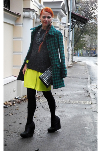 black ASH boots - yellow H&M Trend dress