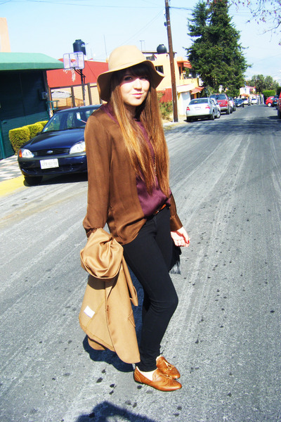 thrifted vintage flats - Daniel Meucci hat - Shasa blazer - Zara blouse