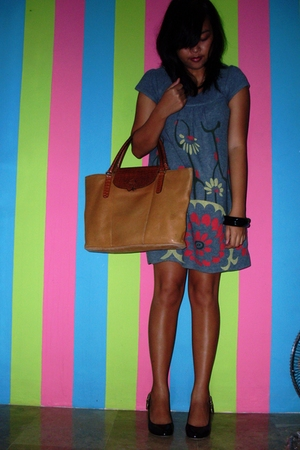dress - purse - shoes - bracelet
