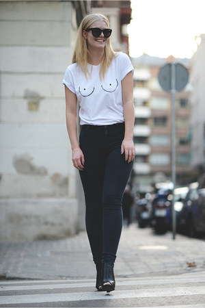 Diesel t-shirt - Celine sunglasses