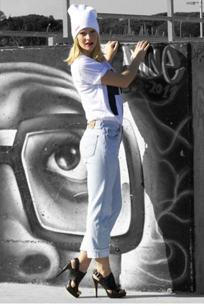 Zara sandals - Levis jeans - Forgotten hearts hat - Forgotten hearts shirt