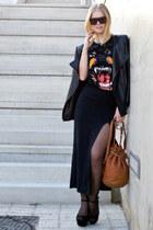 Givenchy t-shirt - Alexander Wang bag - Celine sunglasses - Zara heels