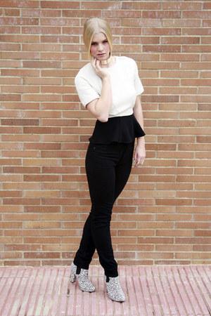 Topshop boots - Monki jeans - H&M Trend top