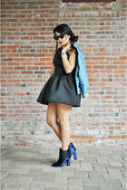 navy crushed velvet Kimchi boots - black polyester Nasty Gal dress