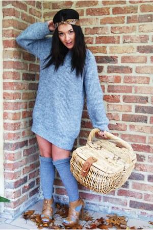 Zara shoes - H&M socks - Zara blouse - vintage accessories