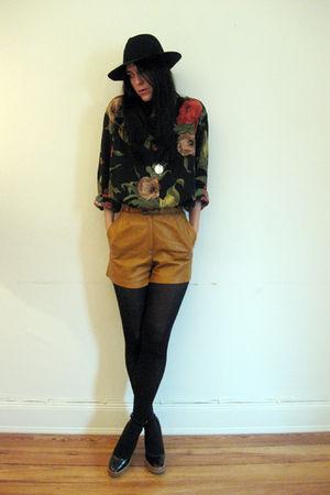 vintage shorts - vintage shirt - YSL shoes