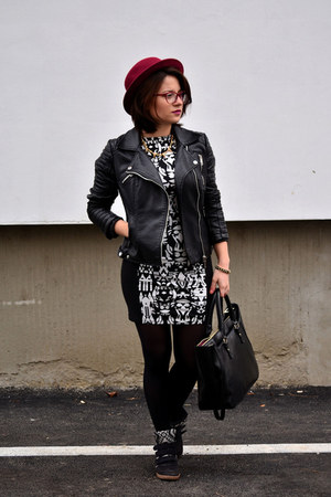 black aztec print H&M dress - crimson boler H&M hat