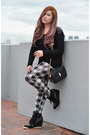 White-topshop-leggings-black-cotton-zara-sweatshirt