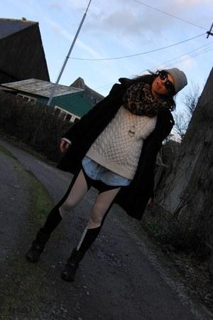 H&M leggings - black studded French Connection boots - faux fur Mango coat