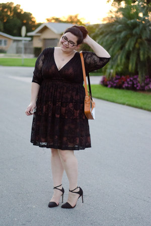 black lace dress Kiyonna dress - burnt orange fox bag Indie Darling Shop bag