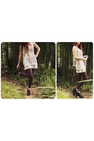 light pink dress - black heels - dark brown wool stockings - eggshell vest