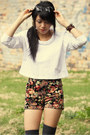 Ivory-may-frankie-sunshine-sweater-black-quirky-circus-shorts
