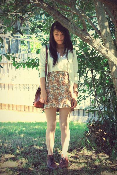 beige vintage cardigan - beige vintage top - vintage skirt - Forever 21 tights -