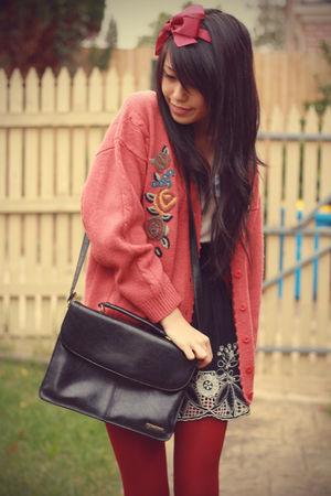 vintage cardigan - vintage accessories - black Forever21 skirt - vintage top