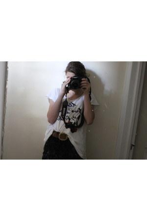 H&M shirt - BCBG jeans - handmade belt - handmade accessories