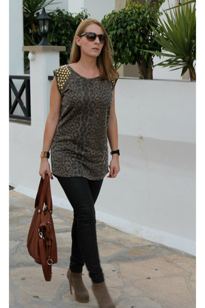 leopard print London Clothing t-shirt - Corso Italia boots
