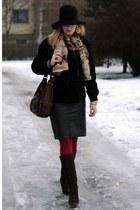 vintage hat - black SAWENA jacket - INVUU LONDON scarf