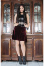 Black-jeffrey-campbell-boots-black-peterpan-collar-topshop-top