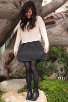 black Forever 21 shoes - navy Forever 21 dress - light pink H&M sweater - black