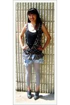 Forever21 shirt - DIY shorts - vintage tights - GoJane shoes