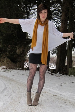 white thrifted sweater - gray Forever 21 skirt - gray Hot Sox tights - brown fra