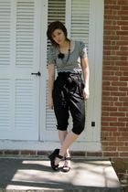 black H&M shirt - black Forever 21 pants - black Charlotte Russe shoes - black w